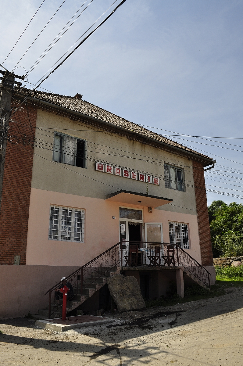 Bedeciu, Manastireni - hidrant centru