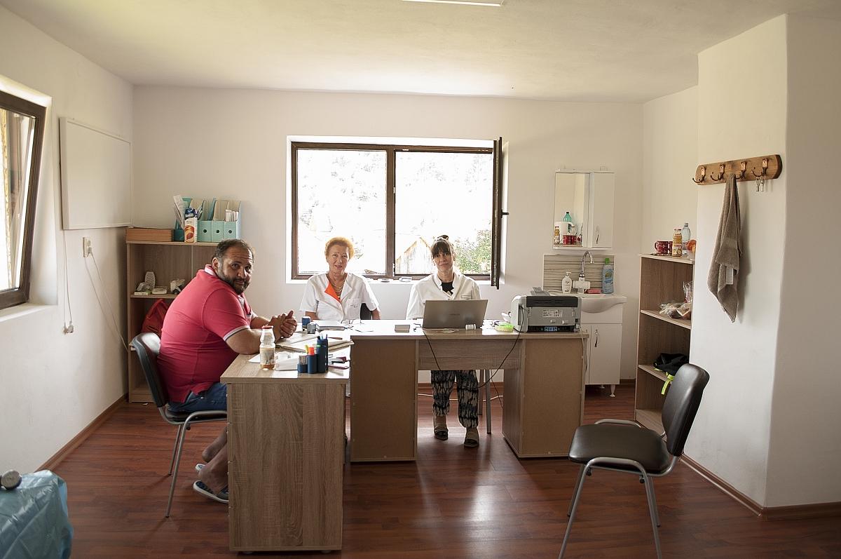 Cabinet Medical, Bedeciu, Manastireni